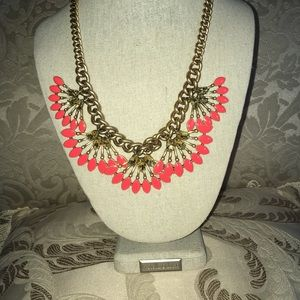 Stunning Coral Cay statement necklace!